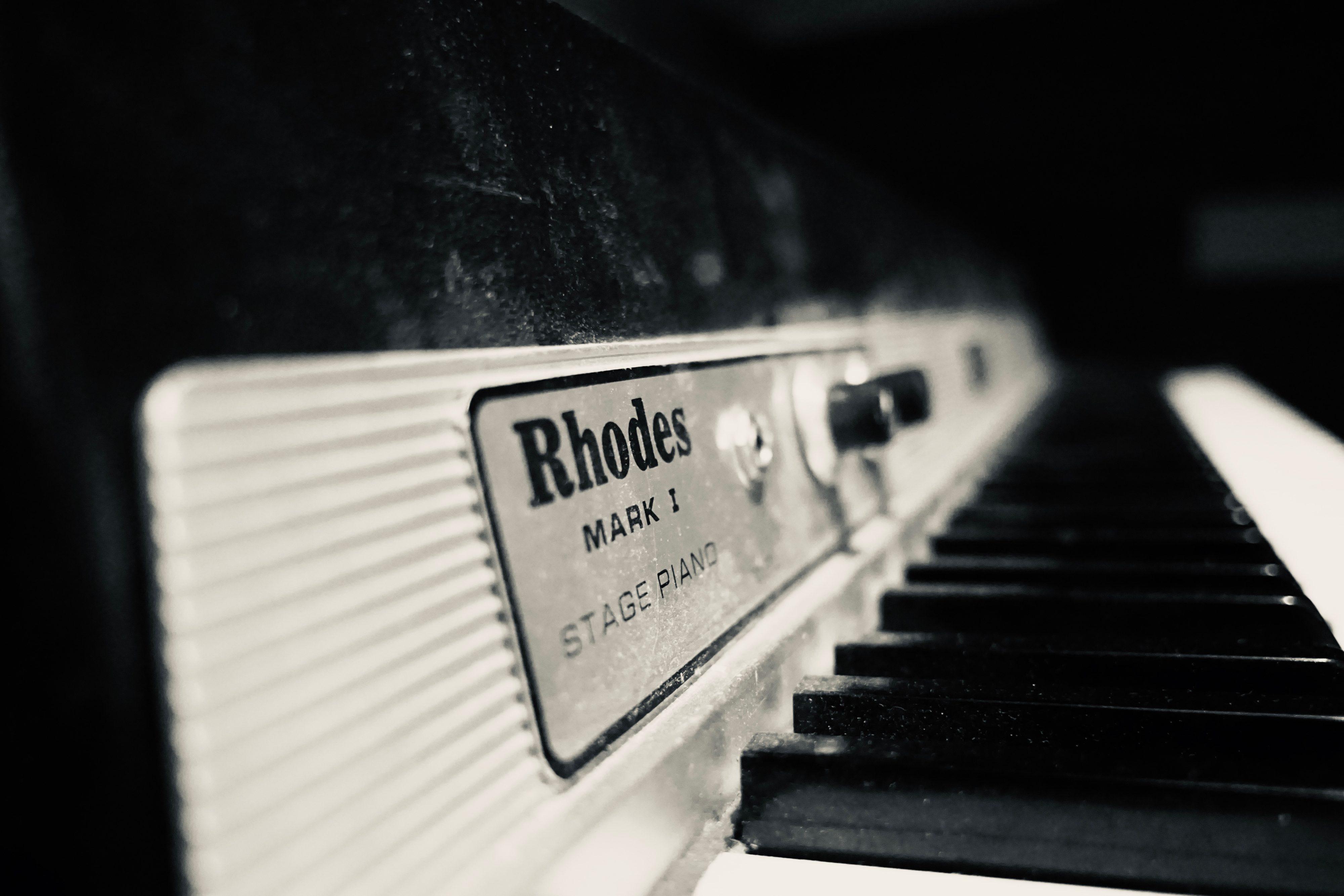 Fender Rhodes Klaviertasten Dinnerjazz Loungemusic Trio Lautsprache